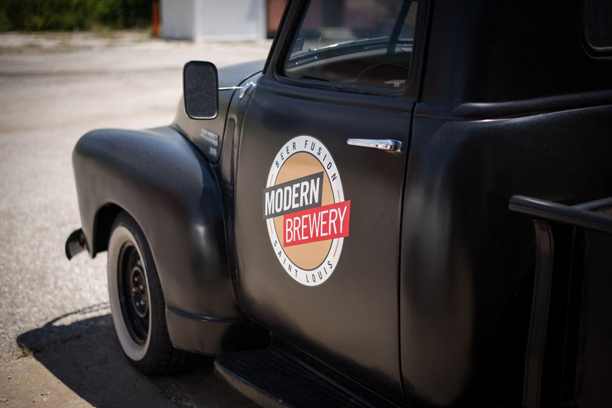 modernbrewery_truck-website